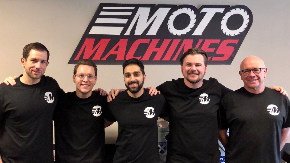 motomachines group photo